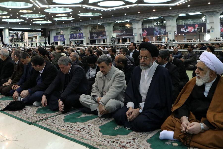 حضور احمدی نژاد در نماز جمعه امروز تهران به امامت رهبر معظم انقلاب