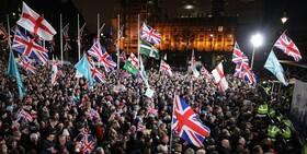 خروج انگلیس از اتحادیه اروپا و شادی مردم این کشور از برگزیت+ فیلم